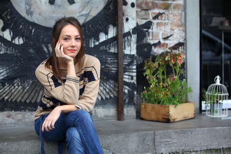 jovana stojiljkovic glumica instagram osvojila bogdana na keca otkriveno ko je vrela lepotica