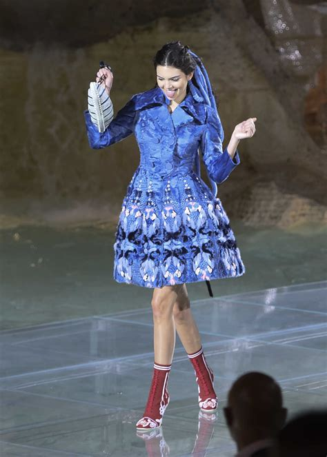 Kacamata Fashion Fendi 1 kendall jenner at the rehearsing in the trevi for the fendi fashion show in rome 07 06