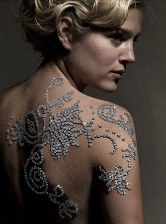 diamond tattoo hours red carpet jewelry and glam all the red carpet jewelry