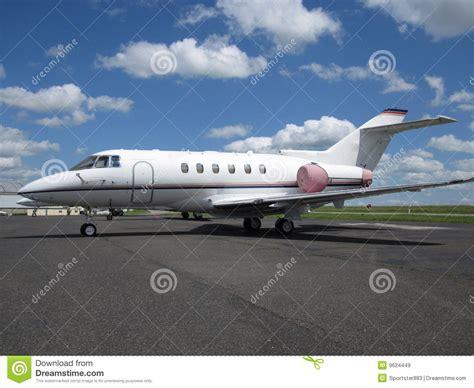 exec jet executive jet aircraft royalty free stock images image 9624449