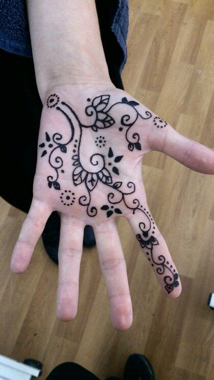 henna tattoo on palm of hand 17 best ideas about henna on palm on henna