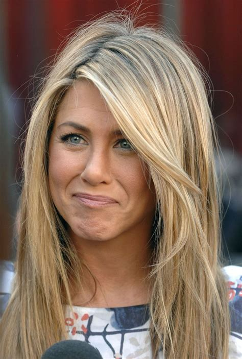 jennifer aniston hair color formula best 25 jennifer aniston hairstyles ideas on pinterest