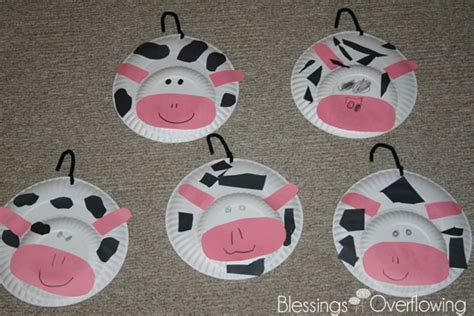 Cow Paper Craft - letter c cows