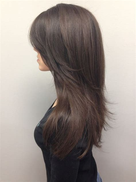 hair styles cut hair in layers and make curls or flicks 25 best ideas about layered hairstyles on pinterest