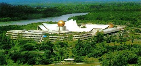 sultan hassanal bolkiah palace images of istana nurul iman check out images of istana