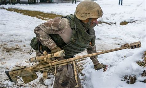 Spesial Kaos Print Umakuka Snipper weapons of russian snipers seen during a live