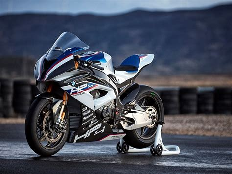 Bmw Motorrad Portugal by Launch Bmw Hp4 Race In Portugal Mcn