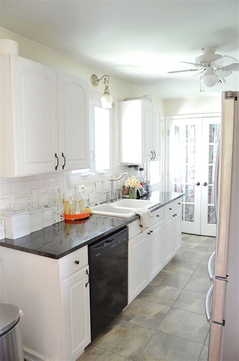 Kitchen To Kitchen by Kitchens On The Front Of A House Home Design And Decor