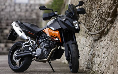 Smt 990 Ktm Ktm 990 Smt 2550x1600 1445 Hd Wallpaper Res 2550x1600
