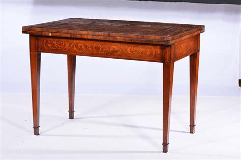 tavolo intarsiato tavolo intarsiato antiquariato e dipinti antichi cambi