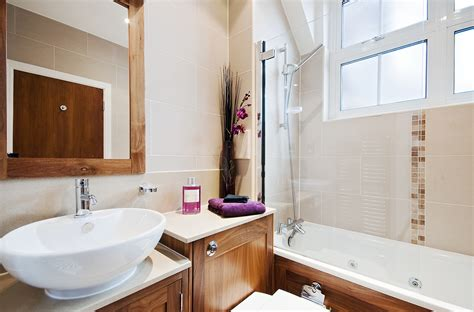 bathroom discounters 5 reasons to fall in love with bath screens again ross s
