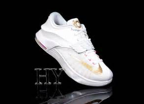 kd new year shoes 2015 a detailed look at the nike kd 7 quot pearl