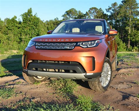 land rover discovery hse 2017 2017 land rover discovery hse luxury td6 review test drive