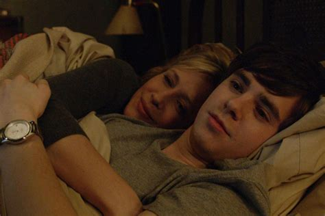 mother and son bedroom scene norma and norman bates relationship popsmut