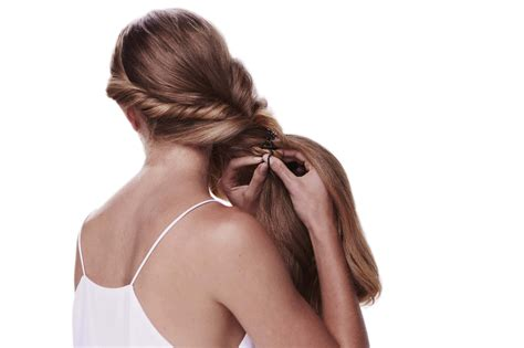 Braided Hairstyles Easy Steps by Master This Easy Braided Hairstyle With Our Step By Step