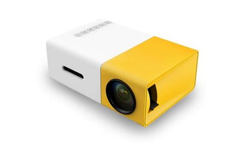 Lu Led Projector Mobil yellow thread 1077 trendz portable led projector yellow