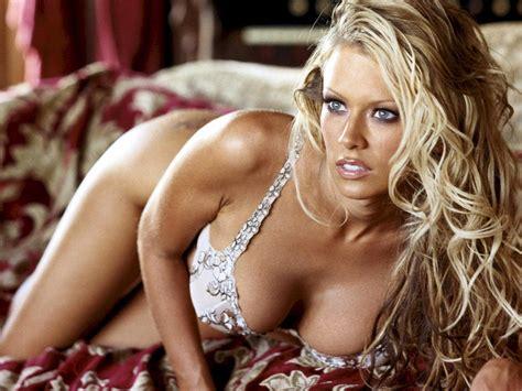jenna jameson bathtub jenna jameson titts sexy hot model actress wall print