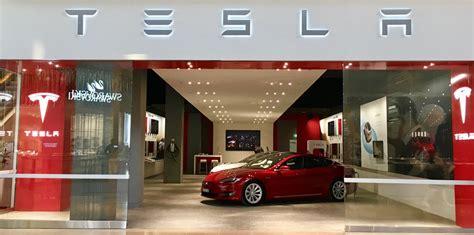 Tesla Shopping Tesla Sets Up Shop In Chadstone Melbourne New Showroom