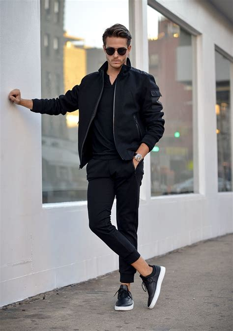 Jaket Pria Hoodie Rdw2756 232 jaket bomber dan masih menjadi haluan tren fashion tahun 2017 moncler jackets