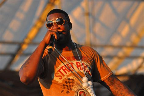 gucci mane wikipedia the free encyclopedia file gucci mane performing at the williamsburg waterfront