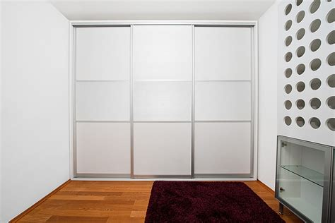 Sliding Wardrobe Frame by Sliding Wardrobe Door Frames Advice For Beautiful Framed Wardrobes