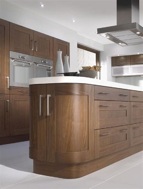 natural walnut kitchen cabinets 21 best images about walnut kitchen what colour walls
