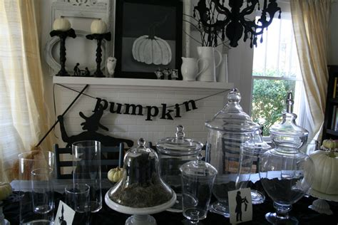 black and white home decor ideas 34 halloween home decore ideas inspirationseek com