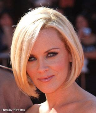 does jenny mccarthy have hair extensions with her bob 25 best ideas about jenny mccarthy bob on pinterest