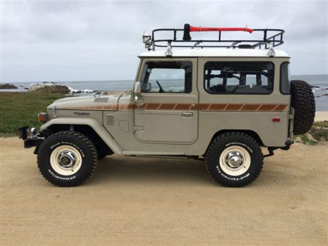 jeep wrangler cruiser 1975 toyota fj40 landcruiser fj 40 land cruiser jeep