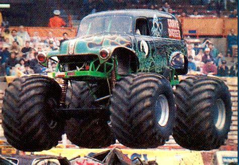 grave digger monster truck wiki image grave digger 3 png monster trucks wiki fandom