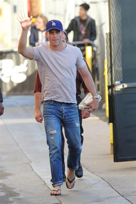 celebrity wrangler jeans chris pine in levi s jeans celebrities in designer jeans