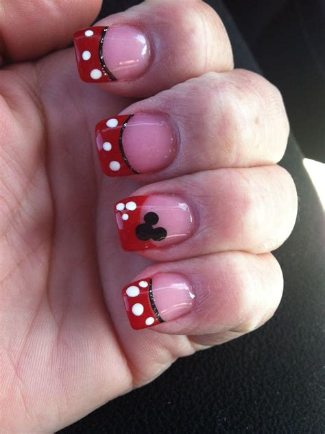 disney pattern nails my cute new disneyland nails cute stuff pinterest
