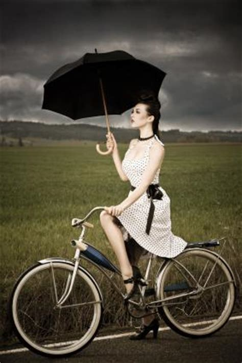 cycling in the rain clothing cycling rain gear buy wear and stay dry