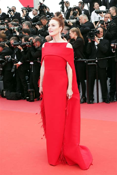 Cannes Festival 3 by Julianne Everybody Knows Premiere And Cannes
