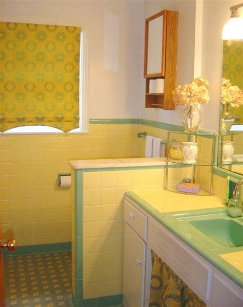 yellow tile bathroom ideas 38 yellow bathroom tile ideas and pictures