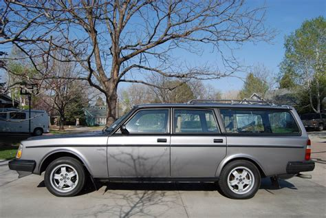 1984 volvo 240 turbo wagon 84k 5100 ft