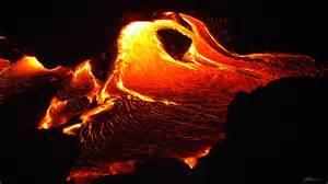 kilauea flowing lava