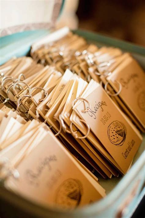Free Wedding Giveaways - cute wedding favors 05 philippines wedding blog
