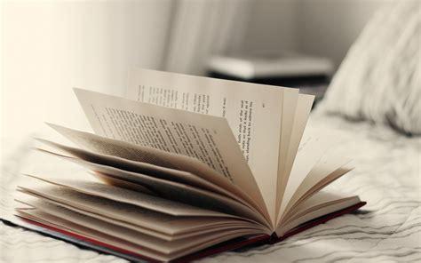 Book wallpaper 1680x1050 55566