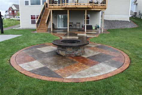 Cement Patio Ideas by Concrete Patio Pit Fireplace Design Ideas