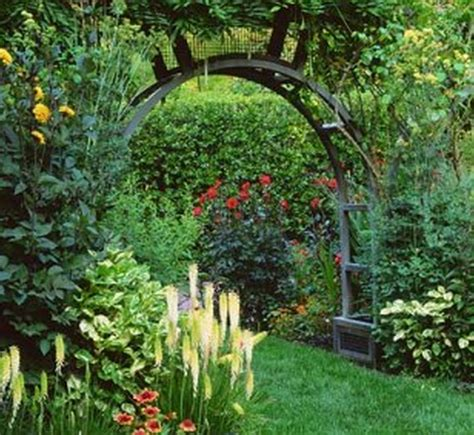 Garden Landscaping Ideas For Small Gardens Decoration Small Front Garden Designs For Pretty Exterior