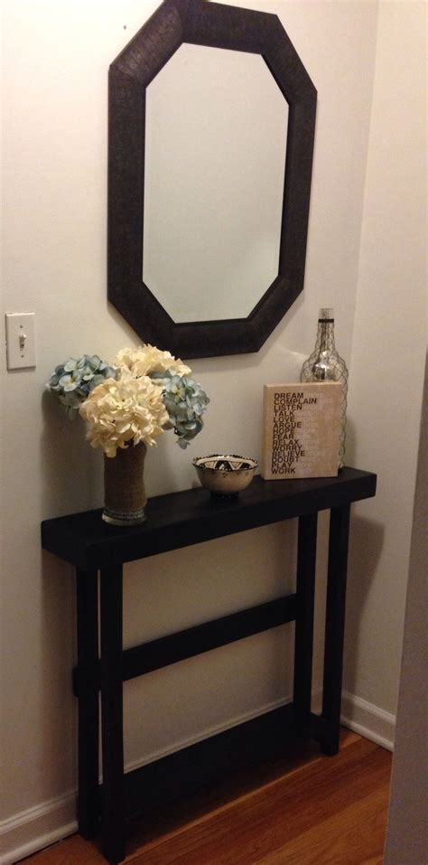 entry way decor best 25 small entryway tables ideas on pinterest small