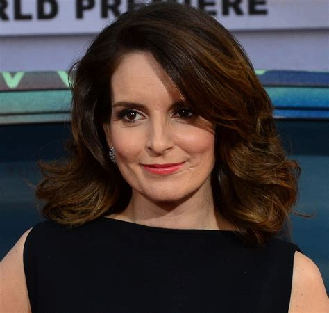 what type of hair does tina fey have file tina fey muppets most wanted premiere cropped jpg
