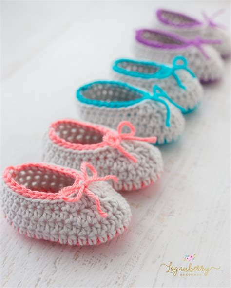 Handmade Slippers Patterns - neon trim baby slippers free crochet pattern