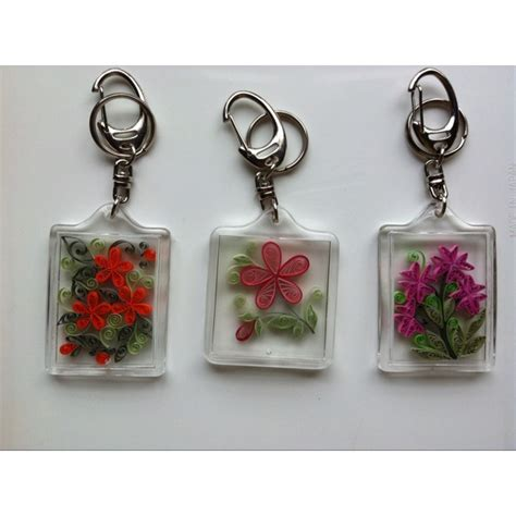 How To Make Paper Keychains - keychains quilling