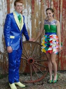 How To Make Duct Tape Jewelry - 30 cute duct tape dress ideas 101 duct tape crafts