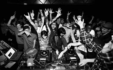 underground house music blog underground music parties in vancouver are back and bigger than ever clubzone blog