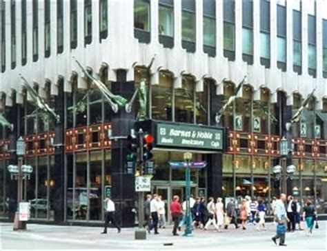 Barnes And Noble Minneapolis barnes noble downtown minneapolis mn