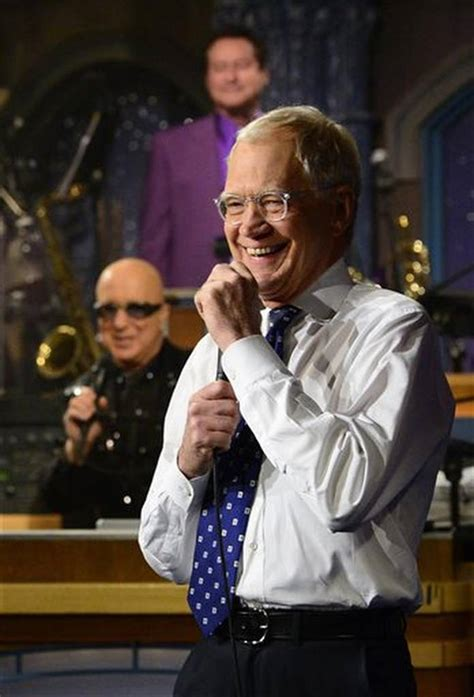 david letterman says goodbye after 33 years in television david letterman s last late show tributes and reaction