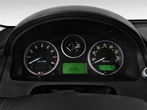 2011 land rover lr2 awd 4 door hse instrument cluster